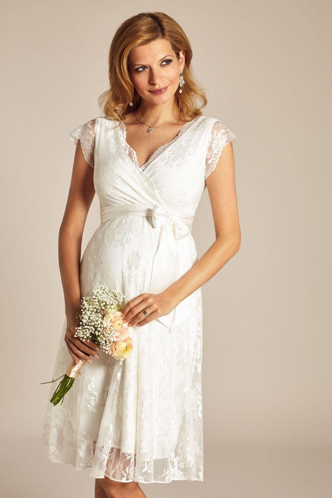 Brautkleider für Schwangere von Boesckens Erkelenz | Brautkleider ...