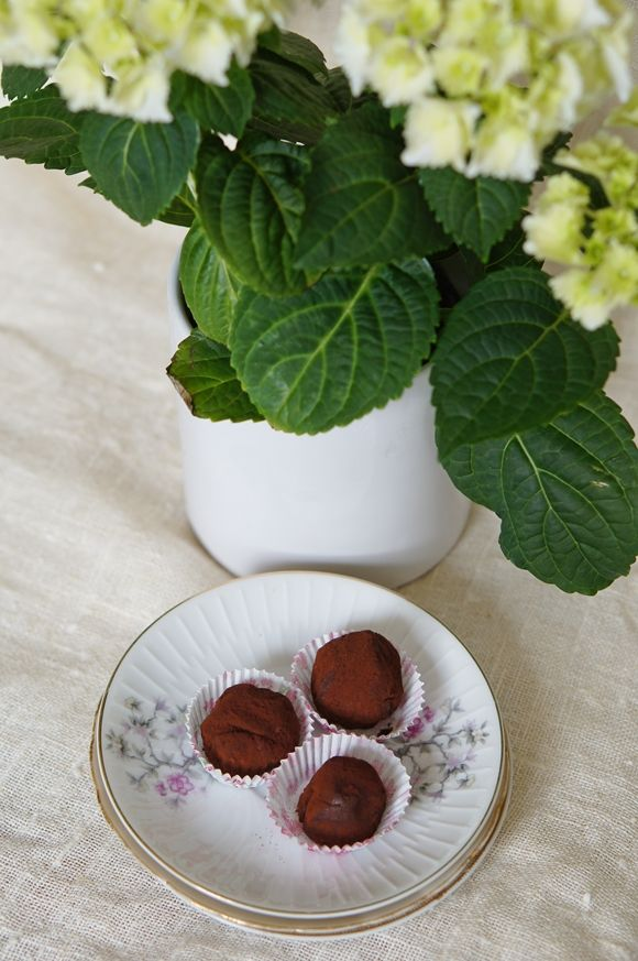 Delicious, easy chocolate truffles