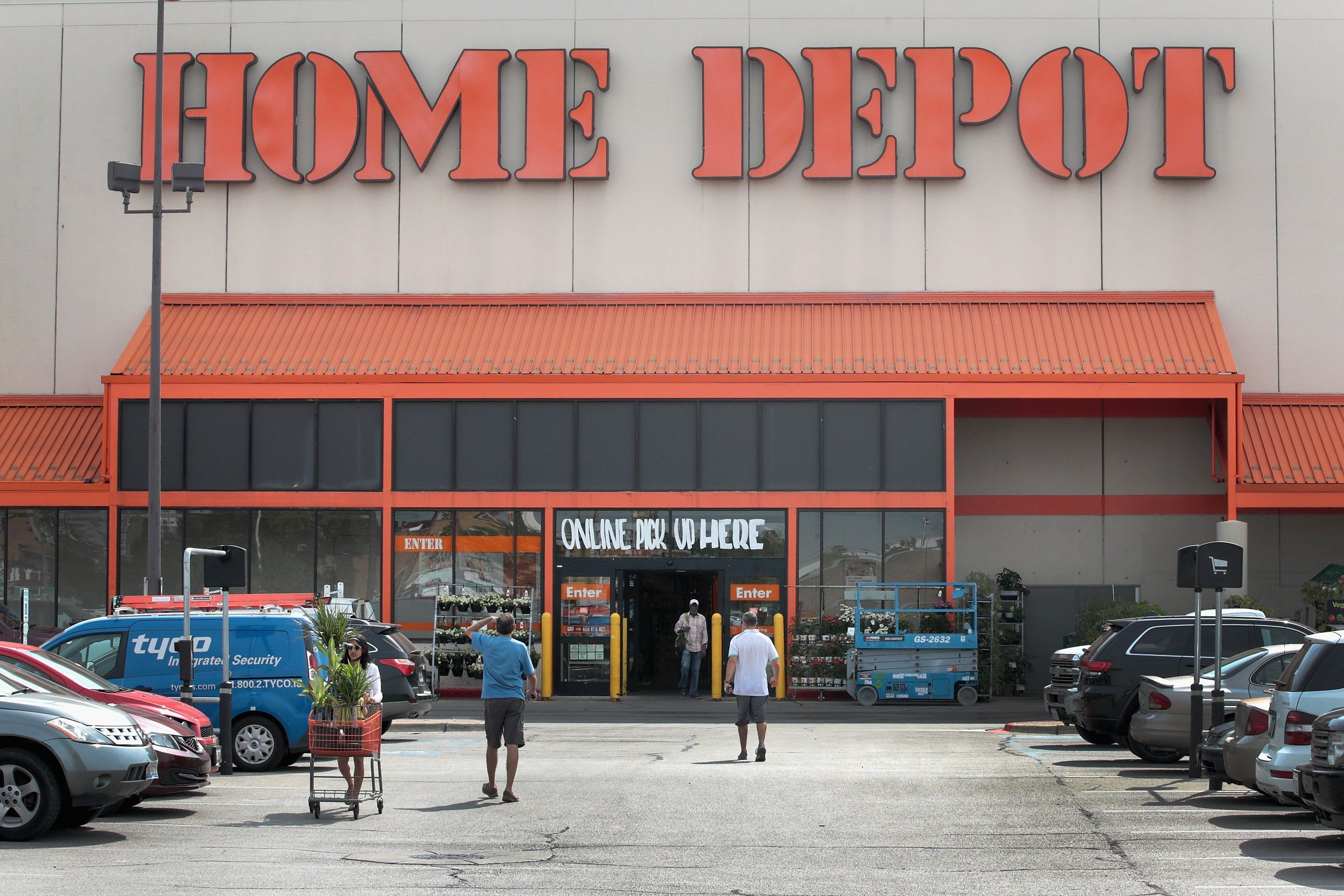 Labor Day Sales Home Depot Lowes Deals On Grills Appliances