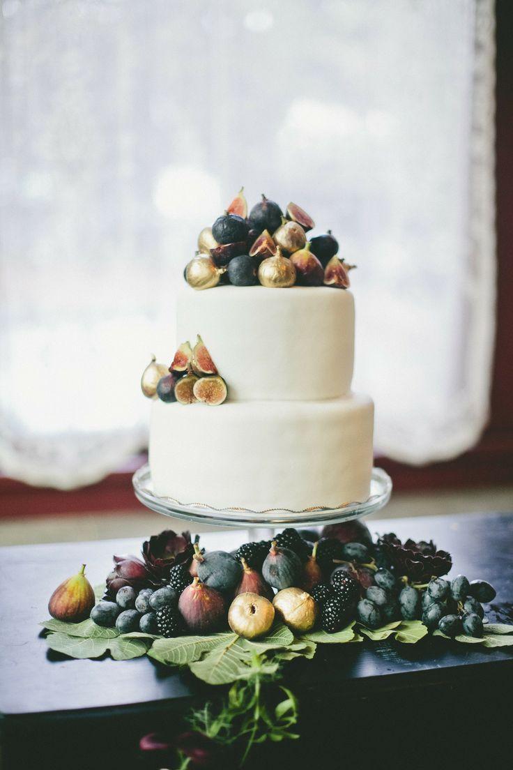 5 Ideas for Amazing Autumn Wedding Cakes   Pinterest   Autumn ...