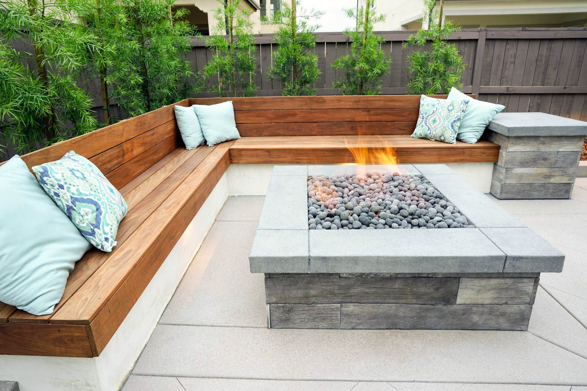 outdoor fire pit for your home   Unique outdoor fire pit near me for your cozy home   plein ...