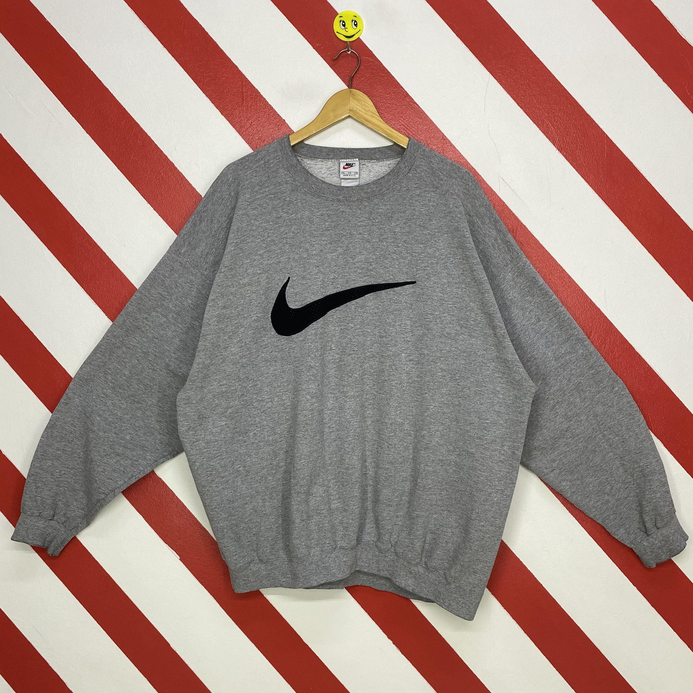 Vintage 90s Nike Sweatshirt Nike Crewneck Nike Swoosh Sweater Etsy Nike Sweatshirts Sweatshirts Nike Crewneck [ 3000 x 3000 Pixel ]