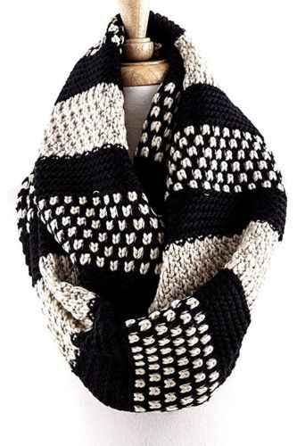 Chunky Knit Two Tone Infinity Scarf Knitting Patterns
