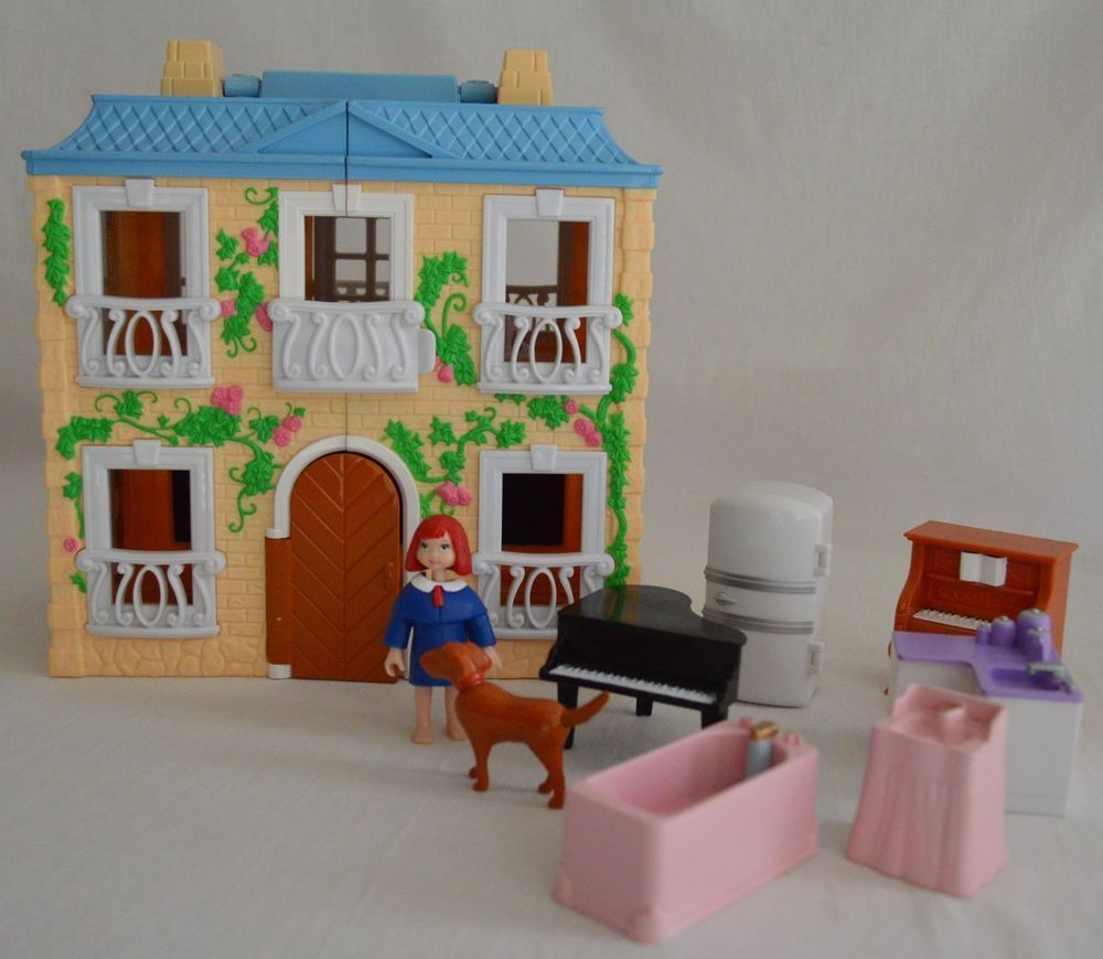 La Petite Madeline~Old House In Paris~Dollhouse W/Furniture Plus Genevieve  Dog