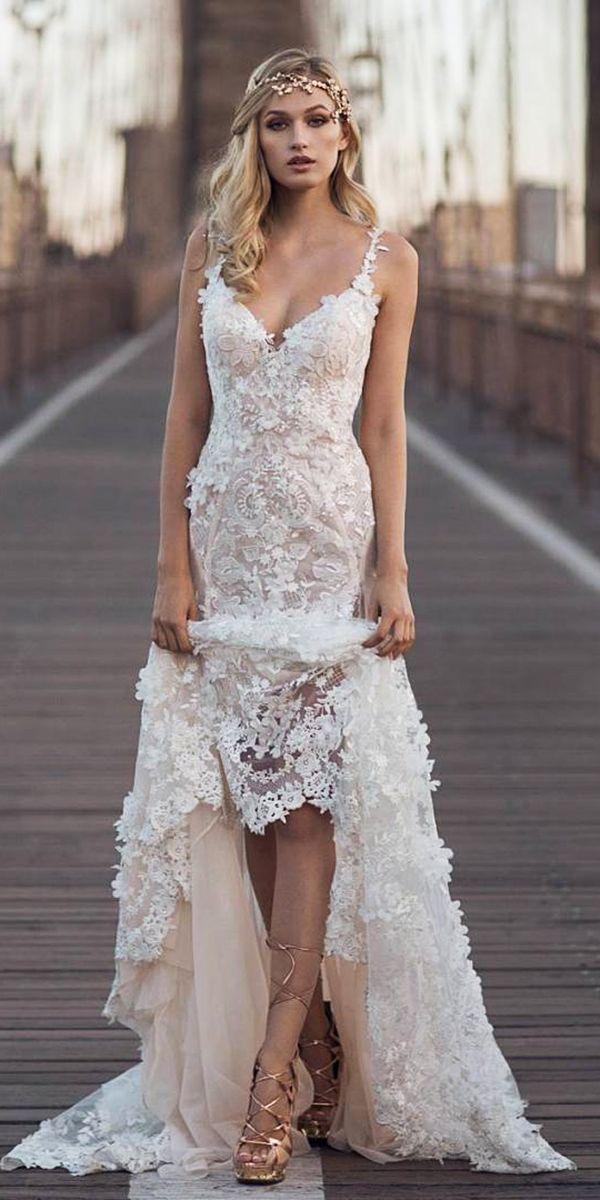 475e2f3a9a Ideas para tu vestido de novia - Si estás buscando algo de inspiración aquí  te dejamos algunas de las ideas de este 2018 que hemos encontrado por  internet