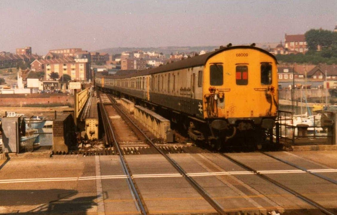 Photo In Other Southern Electric And Diesel Trains In The