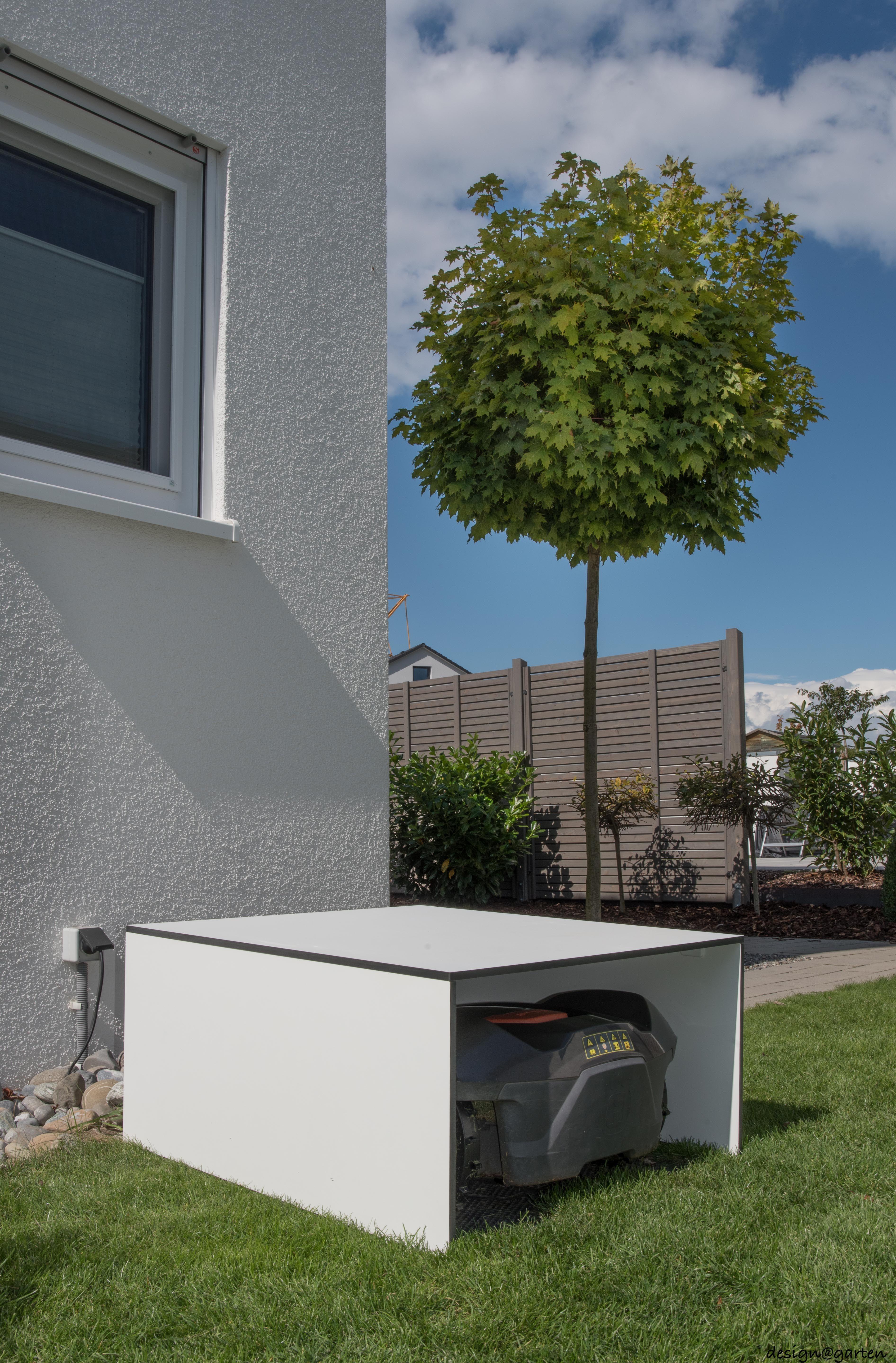 Mähroboter Garage In Friedrichshafen By Design At Garten Augsburg