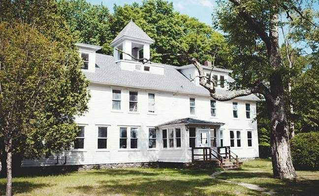 10-room hotel, with restaurant and bar, to open in Mount Tremper