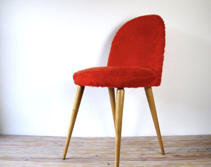 Chaise Moumoute En Fausse Fourrure Rouge Chaise Vintage Pieds Compas Bois Chaise Ronde Dossier Arrondi Chaise Tissu Fourrure Ro Fur Chair Red Faux Fur Chair