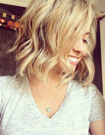 cheveux milong ondulé coiffure au carré/ hairbob
