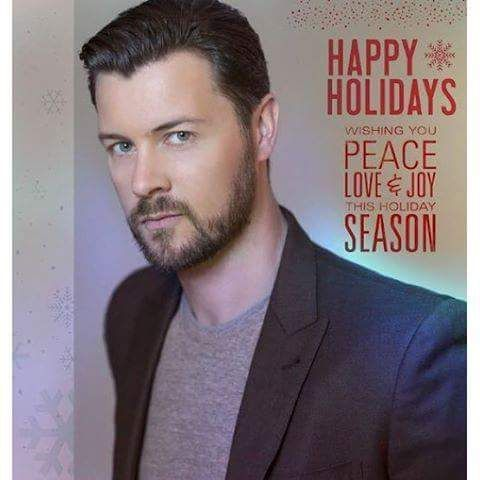 Dan Feuerriegel… Happy Holidays everyone. Be safe, be happy & eat plenty. And you're welcome for the sexy headshot ☺️ #holidays #christmas #festiveseason #happyholidaysDan Feuerriegel