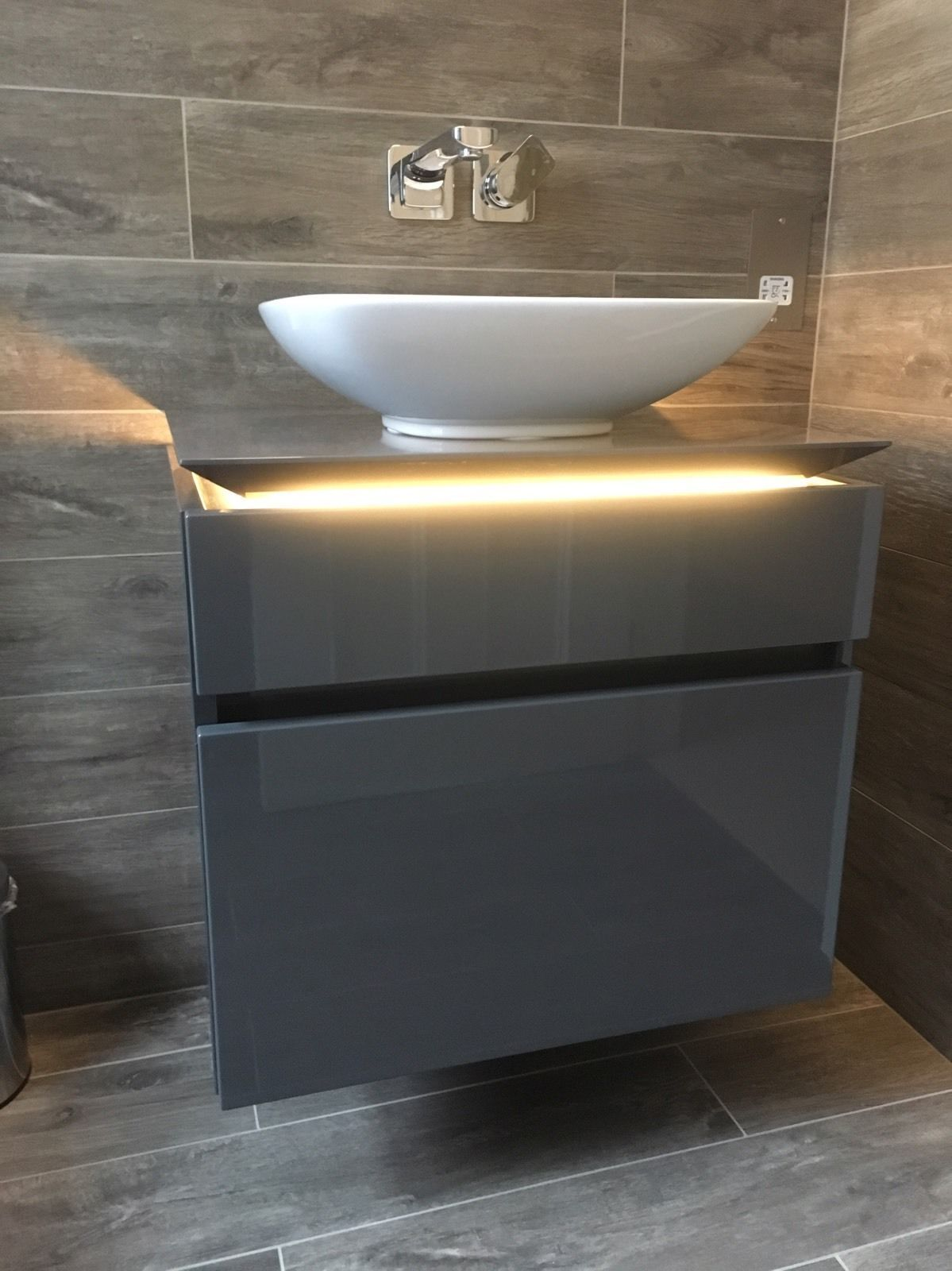Glas Waschbecken Villeroy & Boch Villeroy Boch Legato Vanity Unit In Glossy Grey 600mm Wide Led