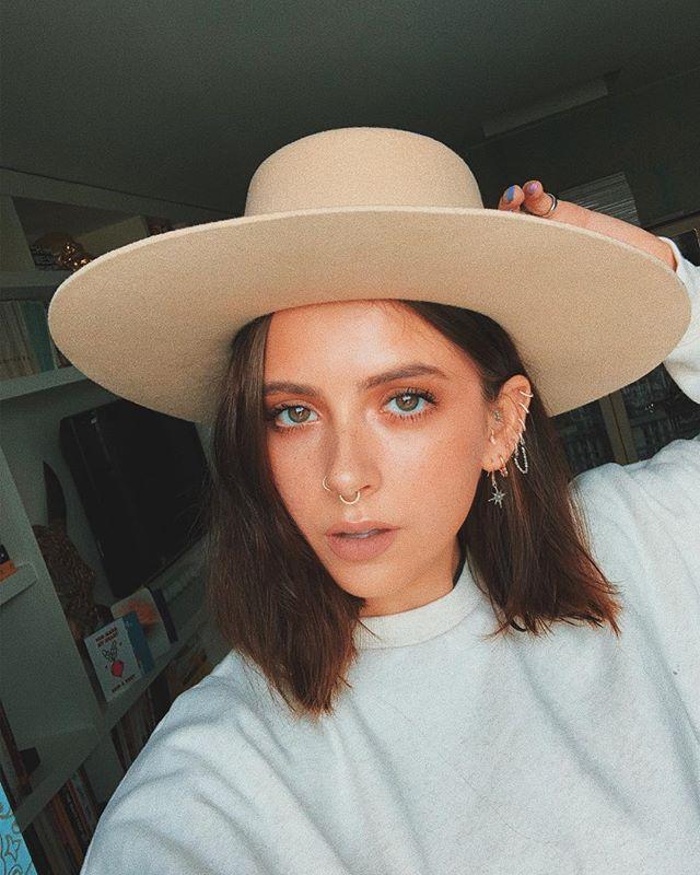 Mary Jordan Aprilbloom16 Instagram Photos And Videos Short Hair Inspo Hair Styles Indian Hairstyles