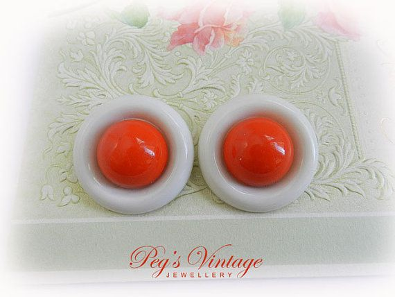 Large Mod Vintage Orange And White Plastic by PegsVintageJewellery, $9.00