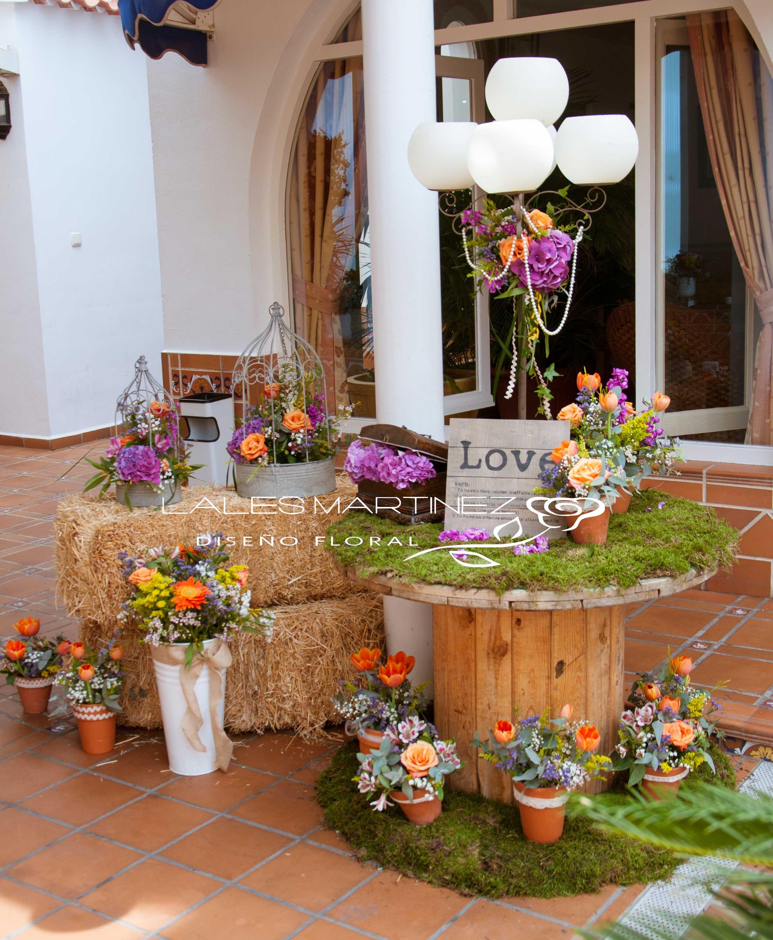 Decoración de boda de estilo rústico.