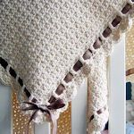 Tiramisu: Finished size is 32″ x 32″. Made with lovely organic cotton and trimmed with ribbon. Free pdf pattern download.