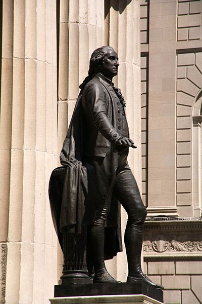 George Washington Statue In Front Of Federal Hall New York Pictures George Washington Statue New York City Ny
