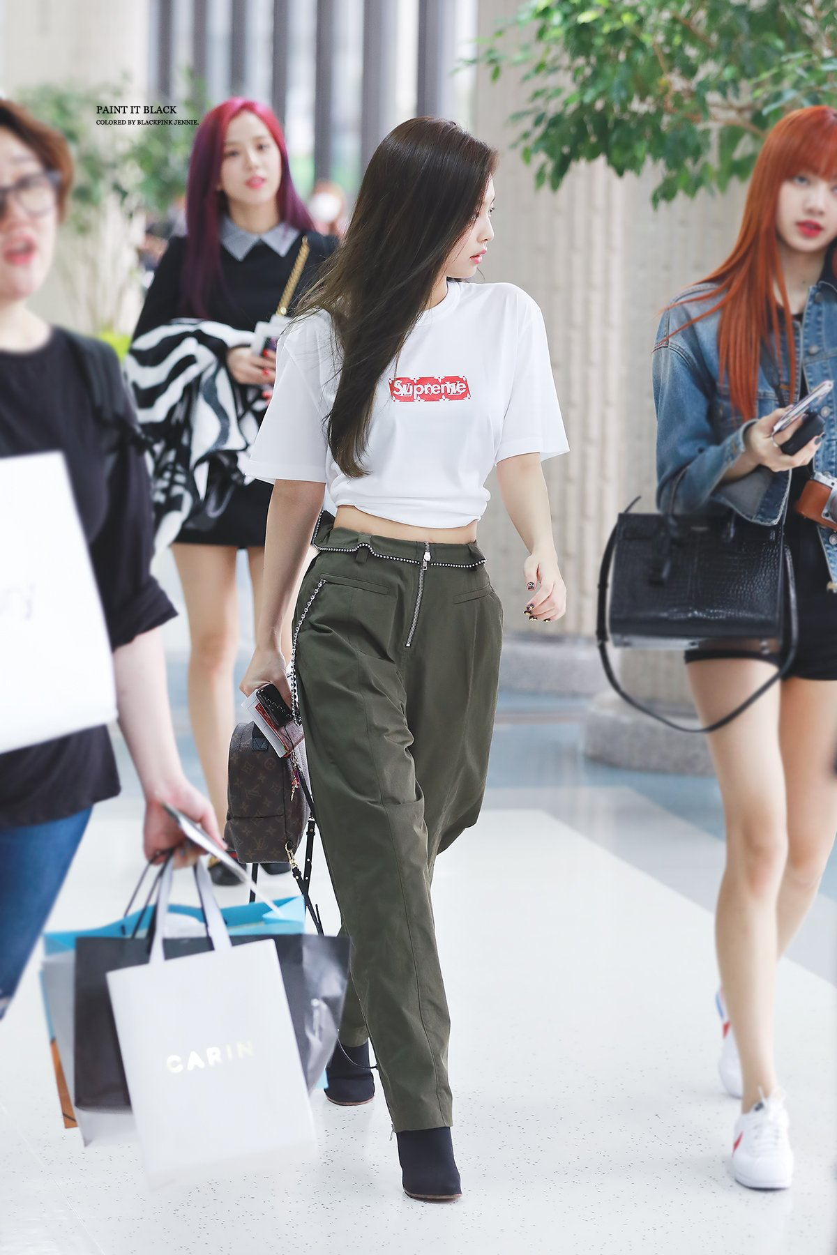 Jennie 39 S Fashion Sense Kpop Girl Groups Pinterest Blackpink Kpop And Airport Fashion
