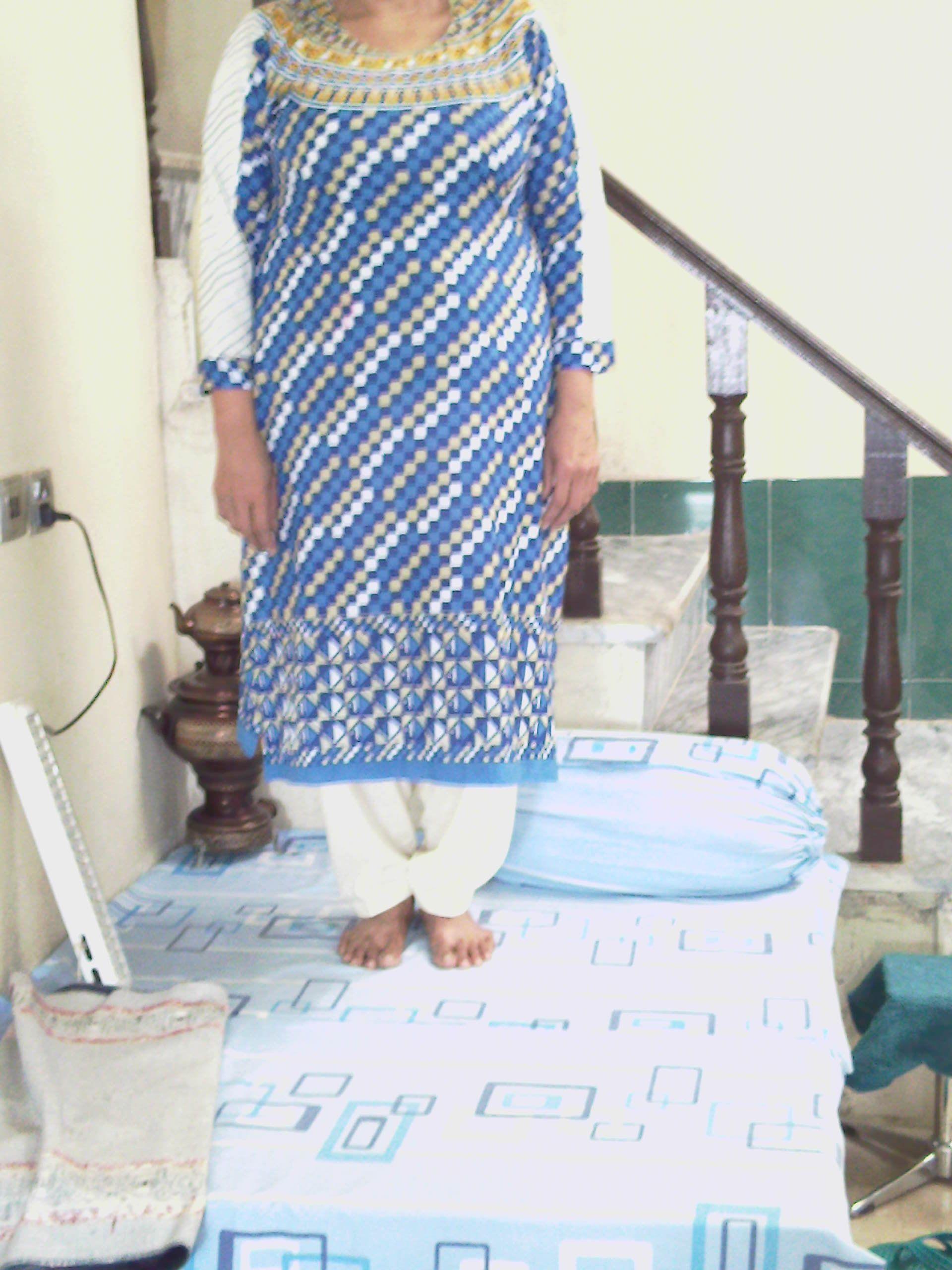 mum's kamiez'shalwar