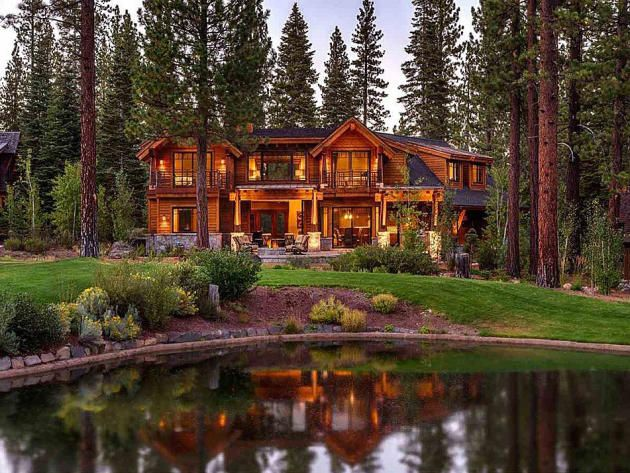 5 luxury homes for sale near hgtv dream home http www for Large luxury log homes