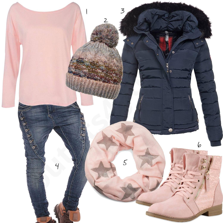 Blau Rosa Winteroutfit mit Strickmütze und Steppjacke
