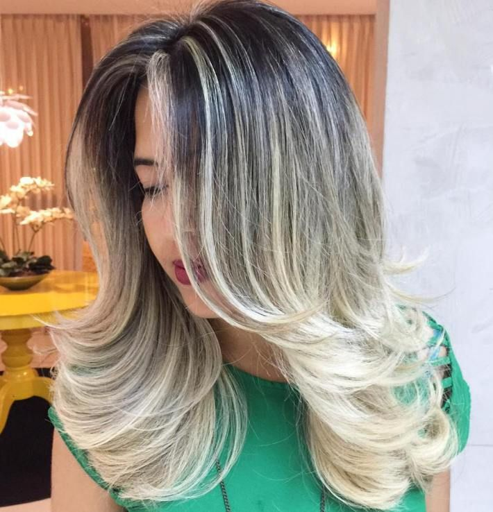 Top 60 Flattering Hairstyles For Round Faces Hair Styles