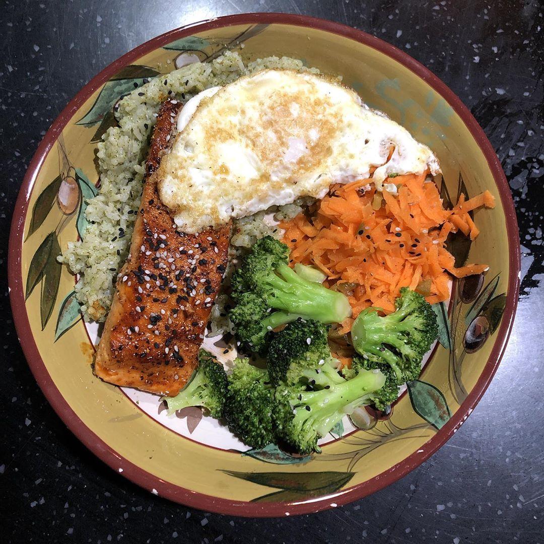#salmon #teriyaki #cilantrorice #asian #jalapenos #broccoli #instafood #easyrecipe #foodphotography #instagood #love #simple #potd #food #foodporn #homemade #comfortfood #ilovefood #recipes #goodeats #yum #yummy #getinmybelly #igdaily #instadaily #healthy #hearty #instafood #lunch #dinner #foodgasm #salmonteriyaki