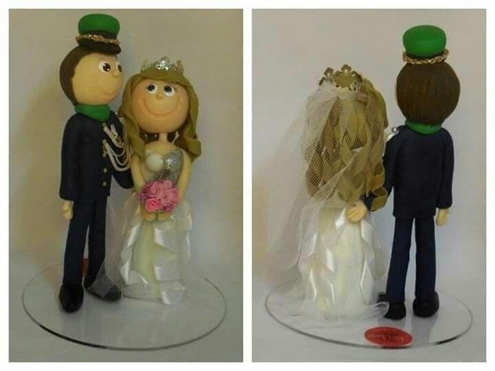 #biscuit #casamento #noivos #coldporcelain #clay #wedding #cake #bride #topper #lembranças  Topo de bolo personalizado 20 fevereiro 2016