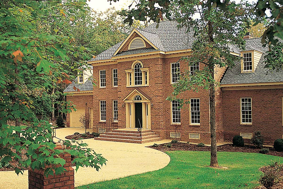Plan 44040td For The Large Family Colonial House Plans House Floor Plans Floor Plans