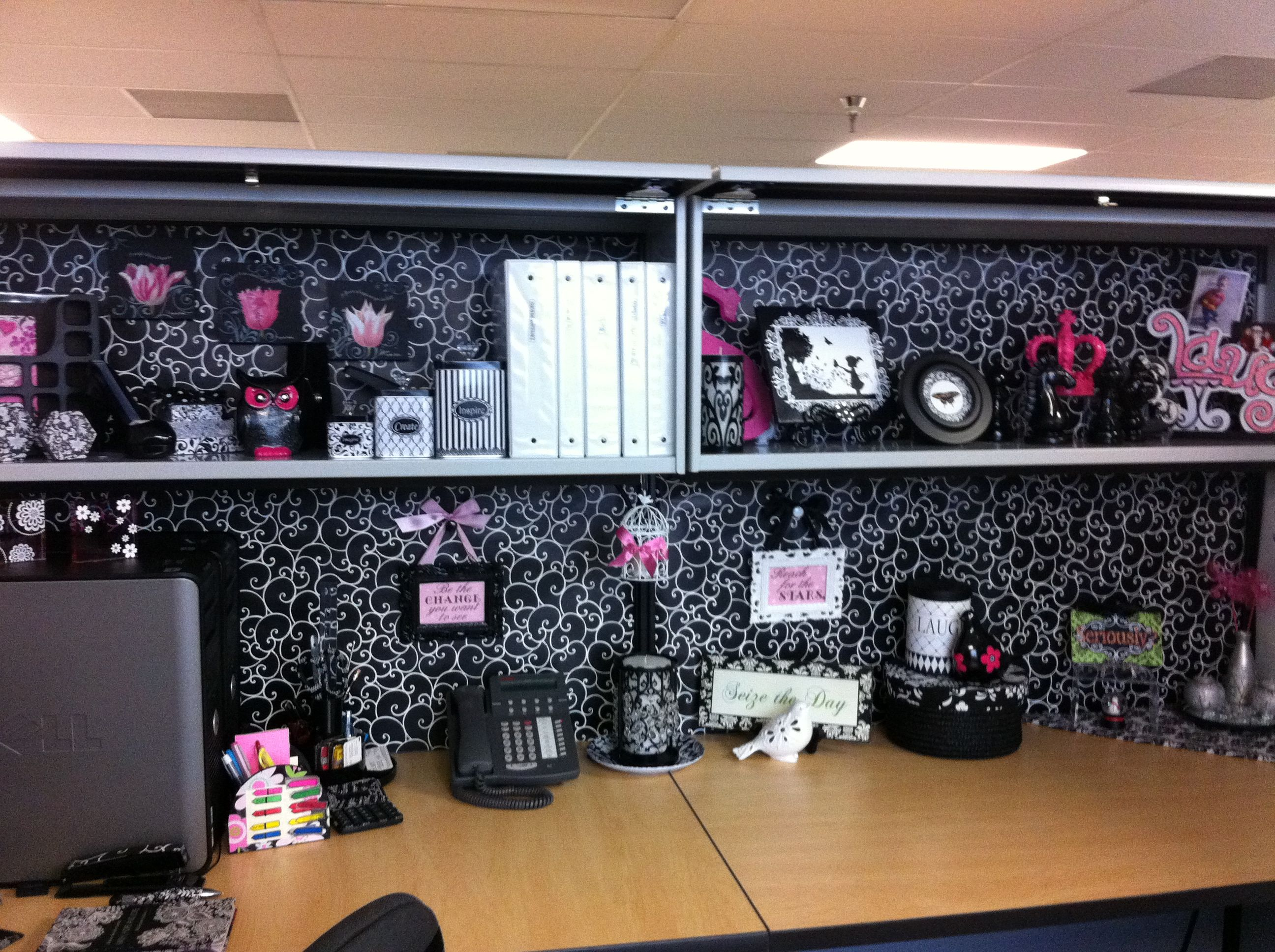 Office cubicle decorating cubicle design cubicle - Work office decorating ideas pictures ...