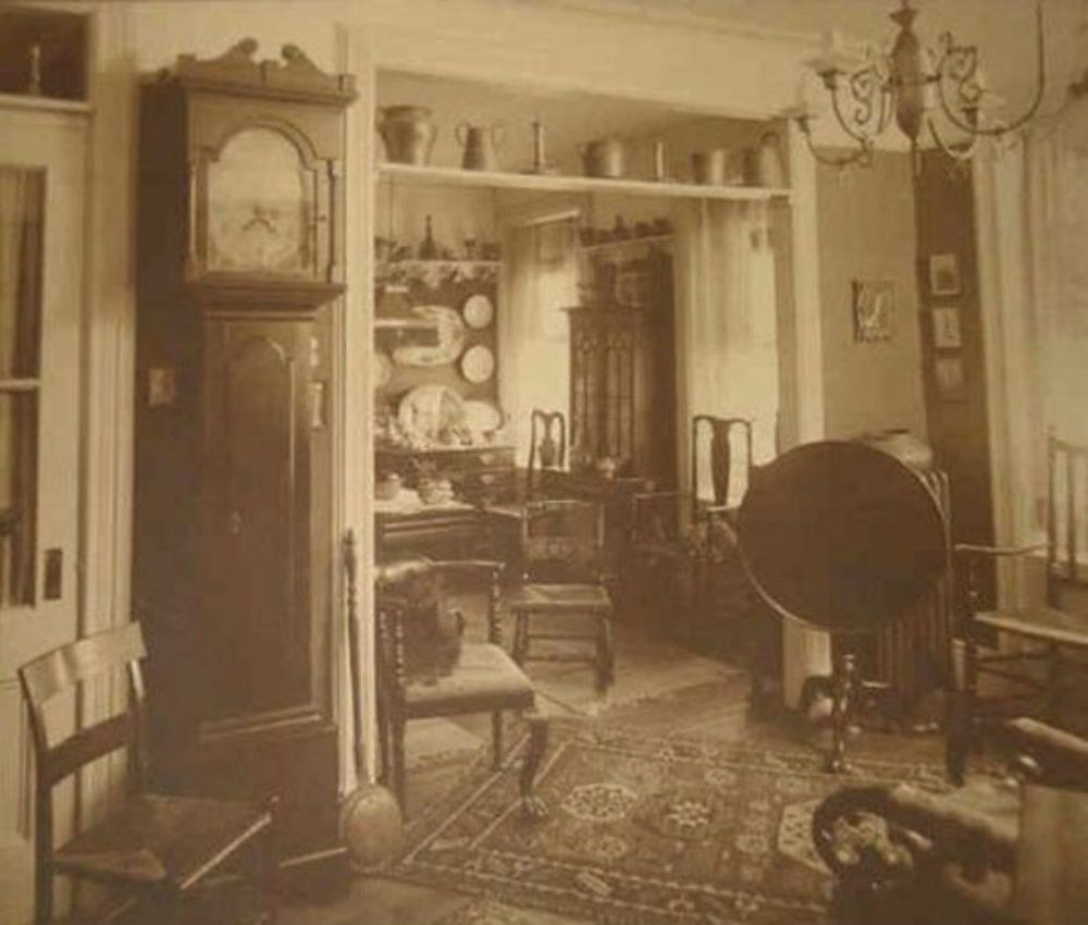 Old Victorian Room: A Rare Look Inside Victorian Houses From The 1800s (13