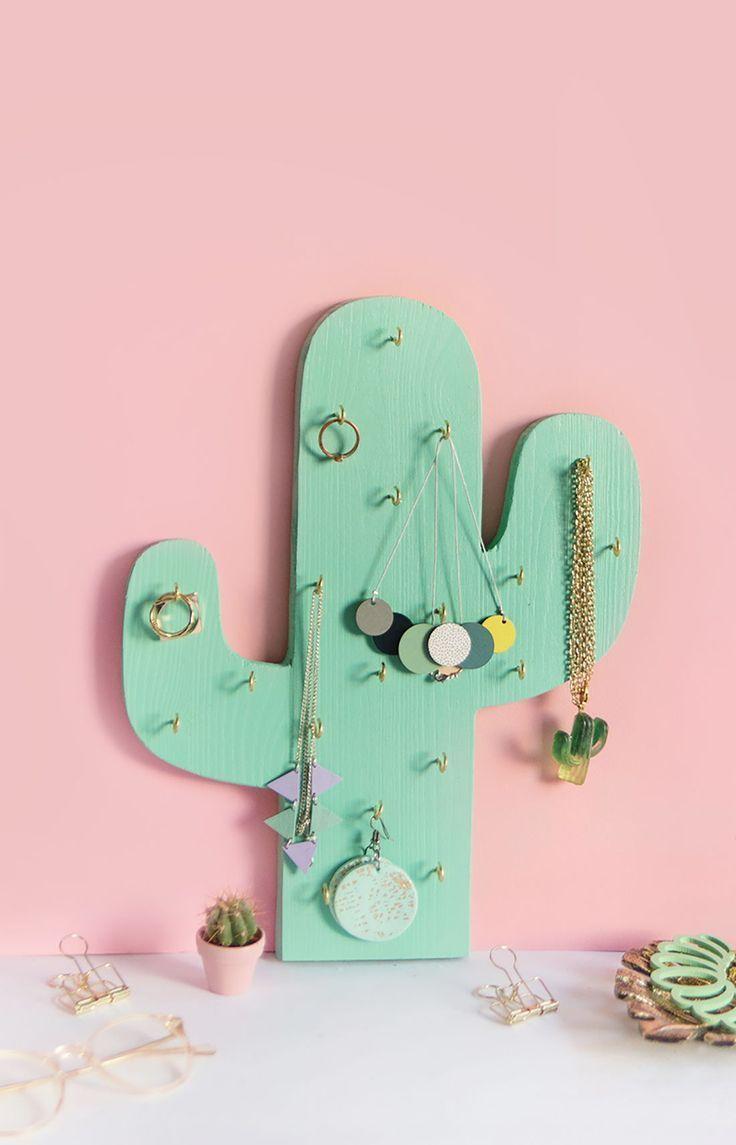 DIY Schmuckhalter oder Ketten-Halter in Kaktus-Form ganz einfach selbst aus Holz basteln | Ketten-Halter zum Nachbasteln mit Vorlage zum Ausdrucken | DIY Ideen mit Kaktus