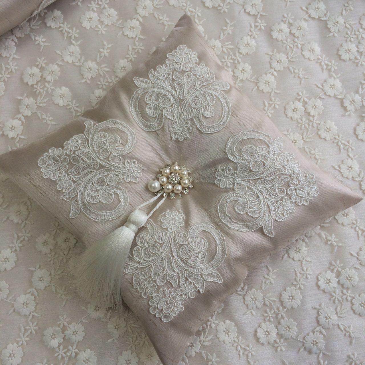 Fransız dantelli lavanta yastığı cappuccino cushions and ring