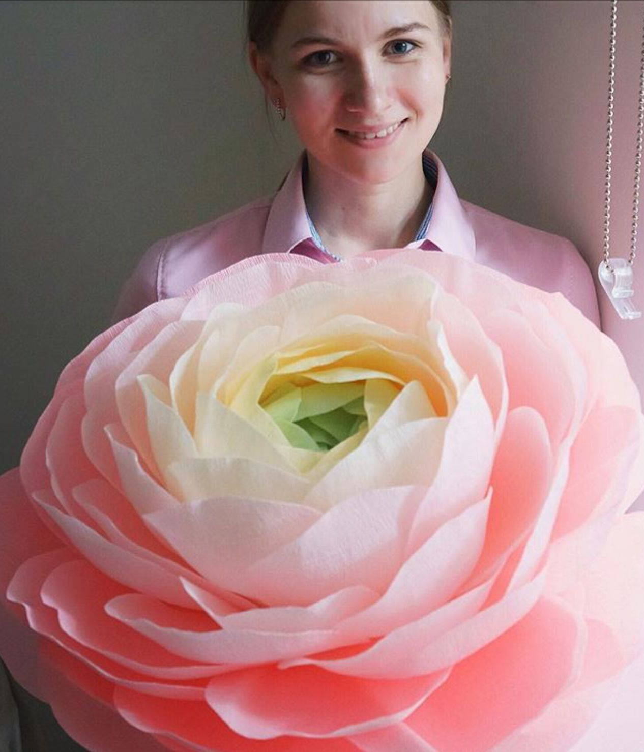 Pin by Kravets Flowers on Giant Flower Ideas (With images