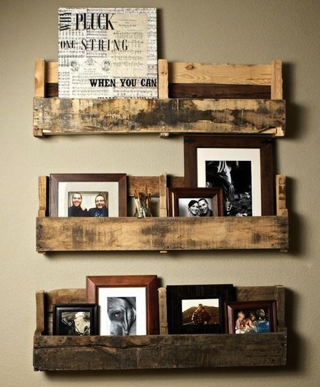 15 Creative Display Shelf Ideas For Your Home, I love this pallet photo shelf  idea