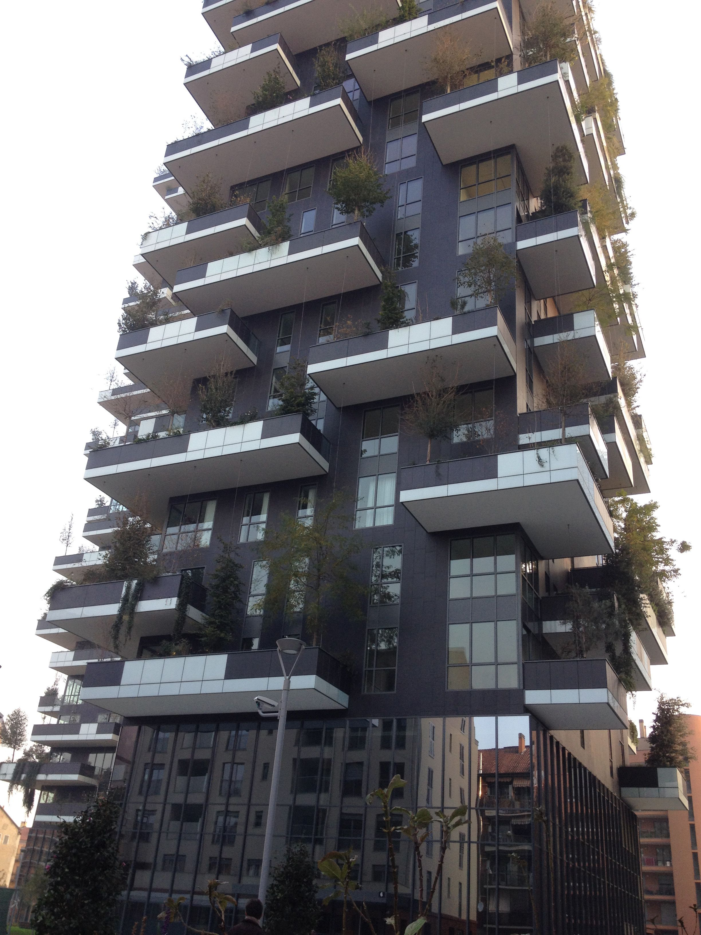 interesting bosco verticale milano porta nuova studio stefano boeri gianandrea with giardino verticale milano