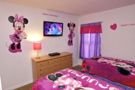 minnie mouse bed rooms minnie mouse themed bedroom 12410 | baf97572fb69a27d2dc92e3f969059a7