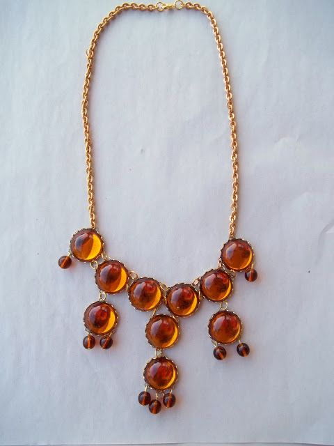 Egyptomaniac the Shopping Maniac: Craft Time: J Crew Bubble Necklace