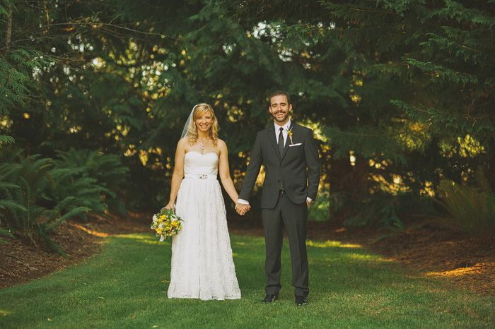 Real Weddings: Aaron and Kjersti's Redmond Backyard Wedding