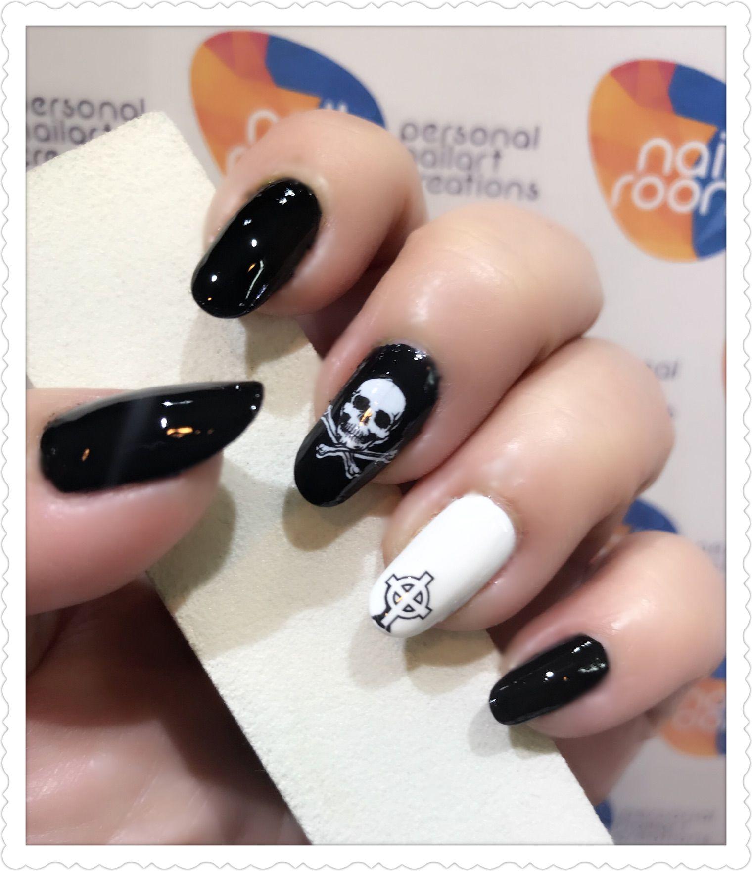 Halloween monochrome skull nailart using water transfer decal ...