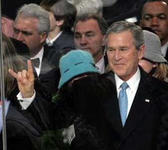 God Bless George W Bush Hook Em Horns The University Of Texas Austin Texas Longhorns Texas President Inauguration Only In Texas Parades