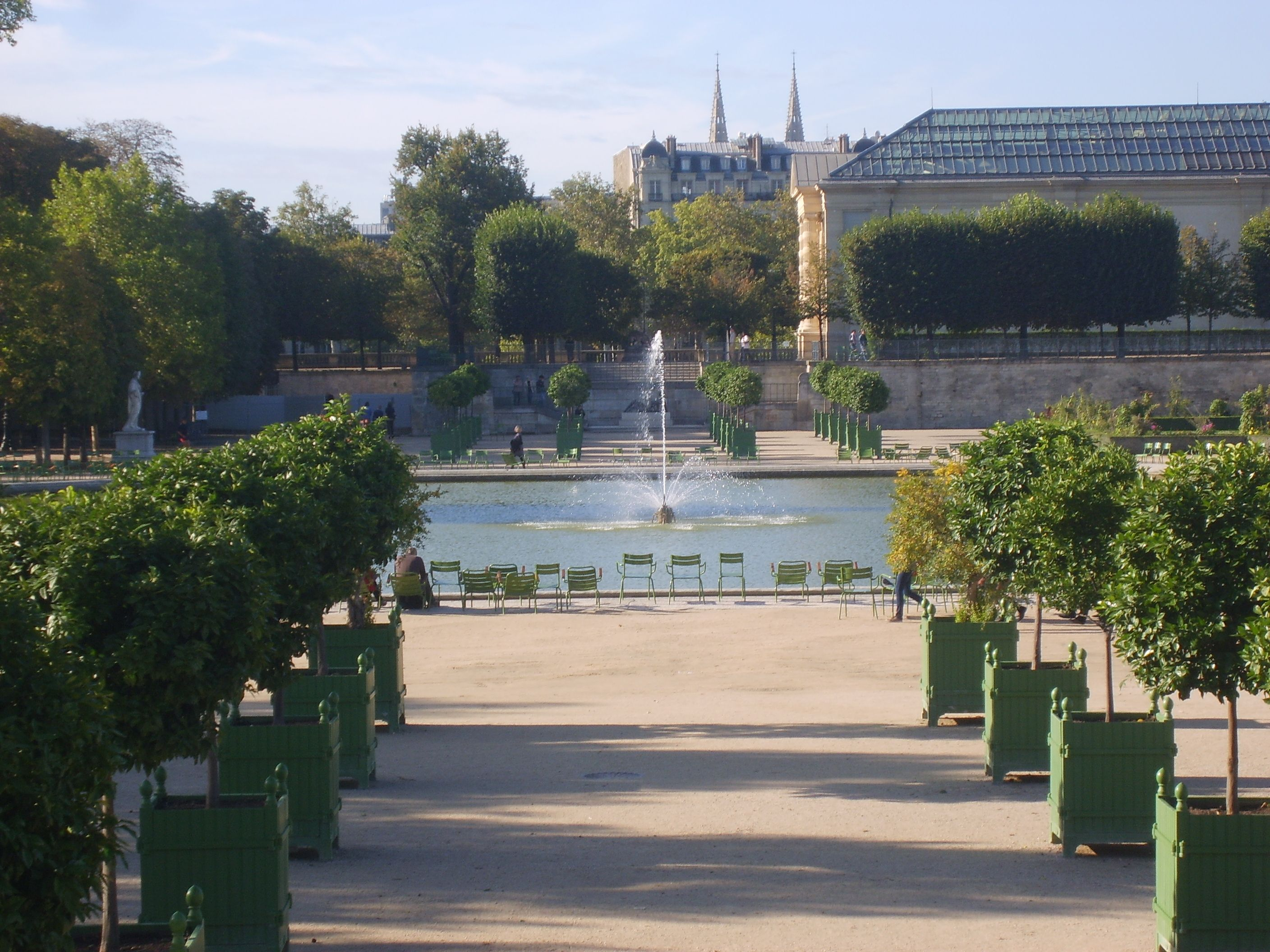 Amazing view of the Jardins des Tuileries