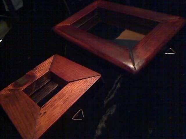 Specchi con cornice in legno