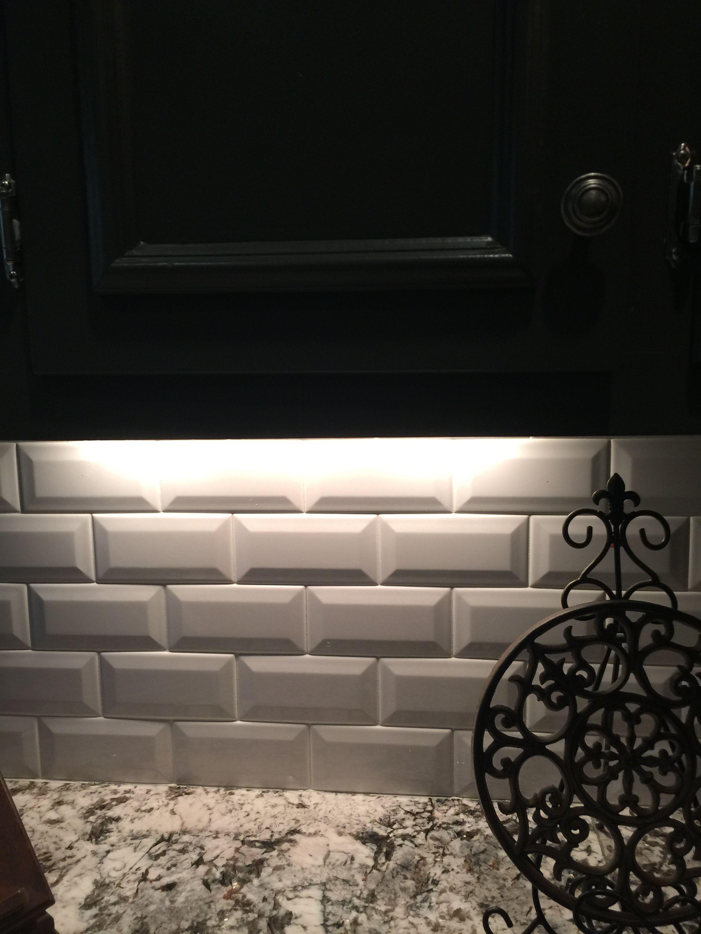 - My Farmhouse Funky Kitchen - Bianco Antico Granite - SW Urbane