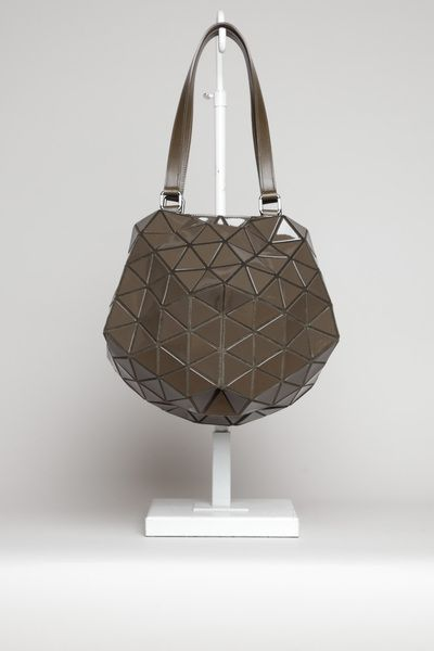 48765830b567 BAO BAO BY ISSEY MIYAKE Planet Bag ( Carol Chung - you know you want this  too.)