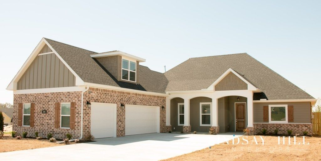 Personalizing A Builder S Tract Home Add Curb Appeal Lindsay Hill Interiors Curb Appeal Hill Interiors Building A New Home