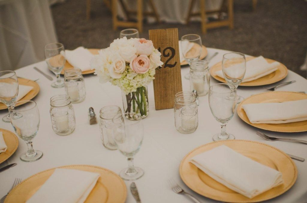 Rustic-Gold-Charger-Table-Setting & Rustic-Gold-Charger-Table-Setting | Pinterest | Gold chargers Gold ...