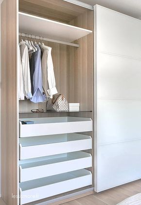 How to create the perfect walk-in wardrobe Ikea pax wardrobe, Ikea - armoire ikea porte coulissante