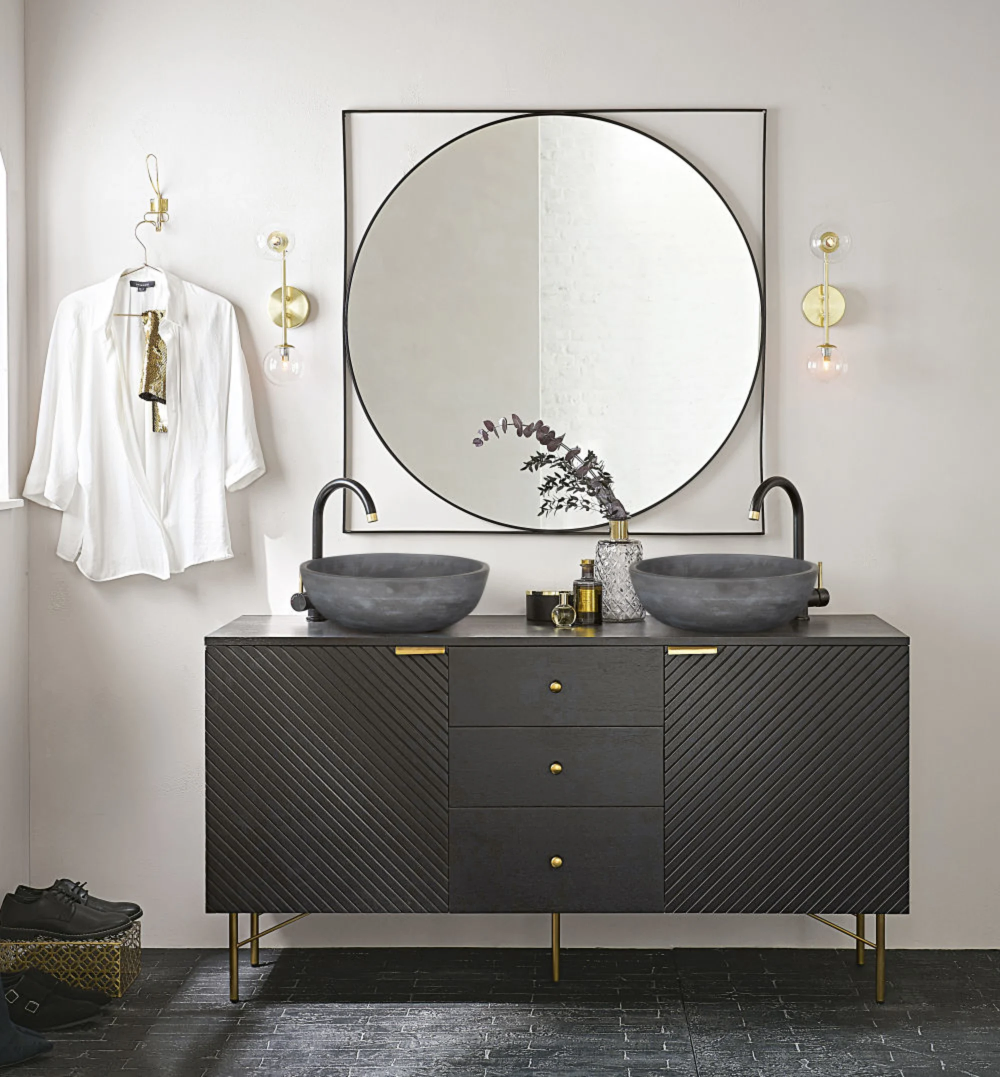 Zwarte Metalen Spiegel 100x100 Edwin Maisons Du Monde En 2020 Meuble Double Vasque Miroir En Metal Noir Idee Salle De Bain