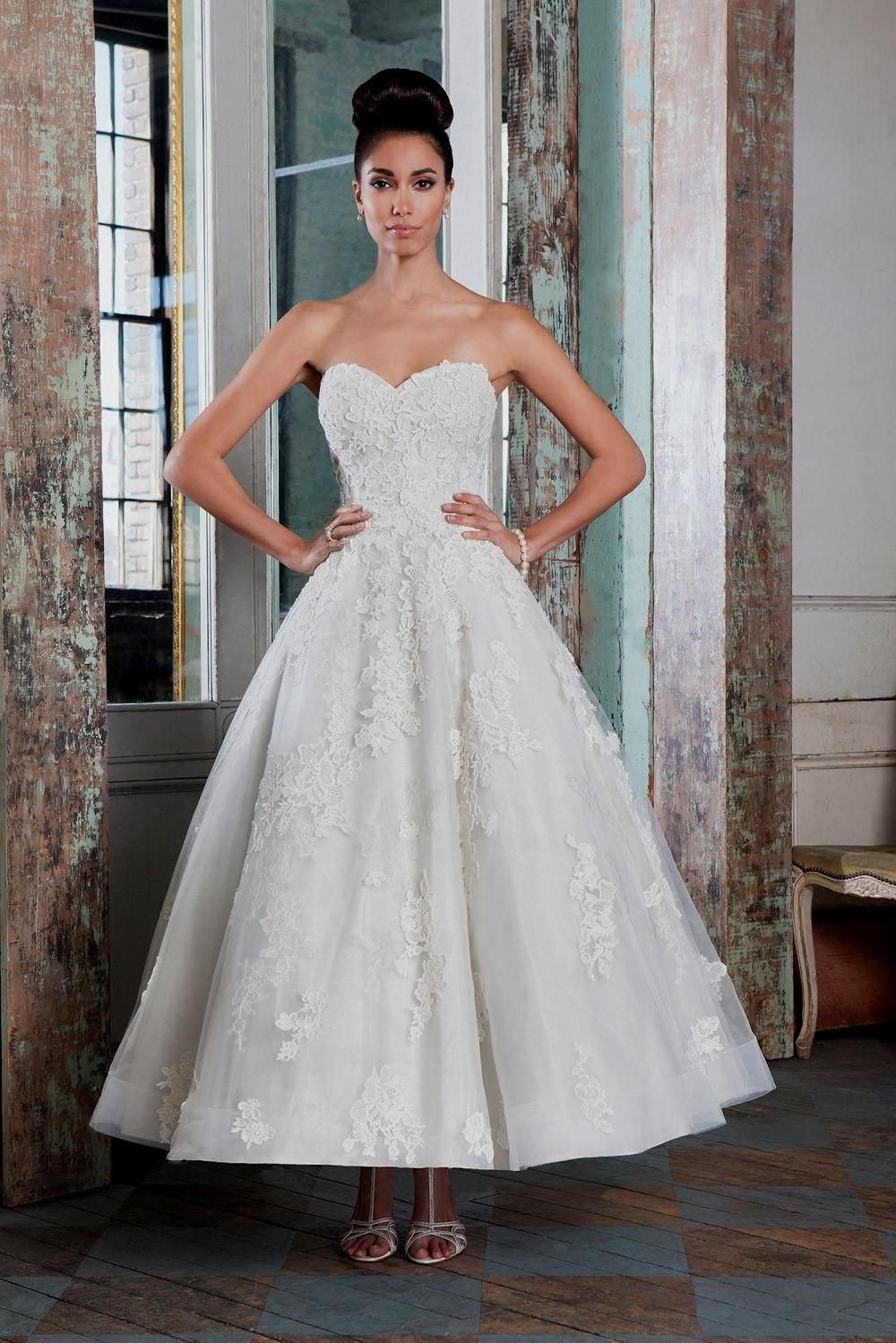 Ideas 50s inspired wedding dresses 50s style wedding dress naf ideas 50s inspired wedding dresses 50s style wedding dress naf dresses our favourite 1950s inspired hitched ombrellifo Choice Image